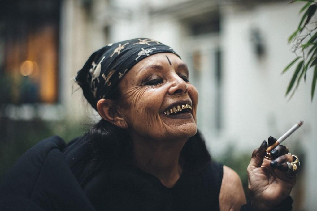 Michéle Lamy, aki idősen is kúl